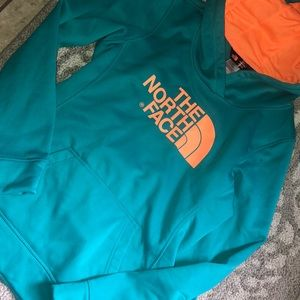 Nwot the north face hoodie